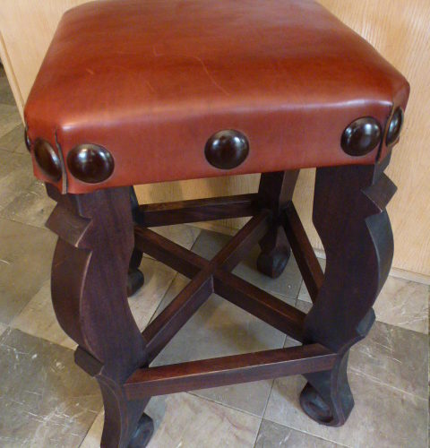 Argentina Leather Stool in Red Inglès