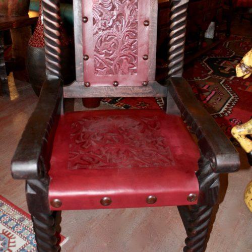 Rey Salomon Armchair in Red Guinda