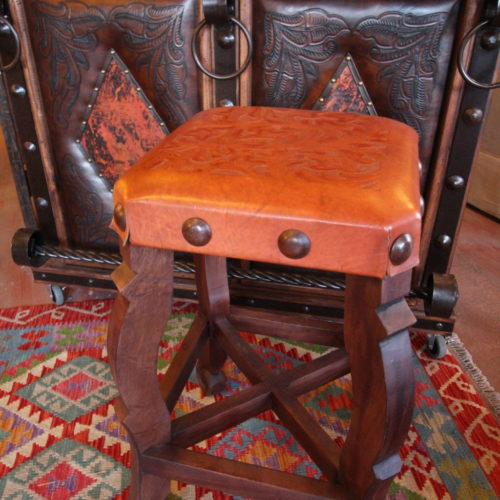 Argentina Tooled Leather Stool in Red Inlgès