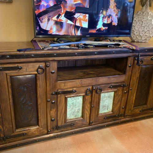Hacienda TV Console