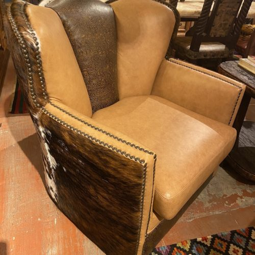 Amber Swivel & Glider Puma Chair with Embossed Leather & Cowhide
