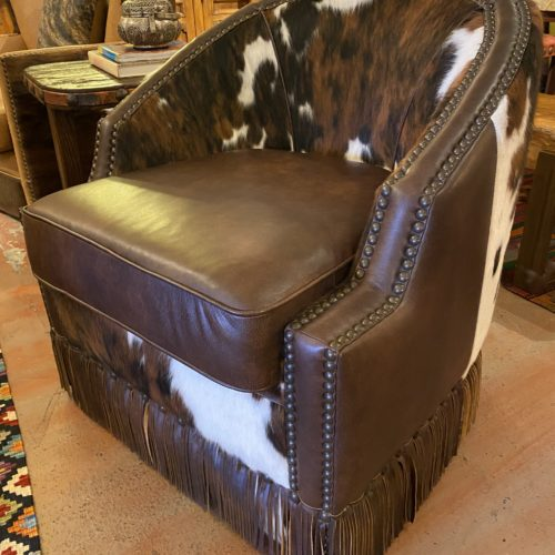 Western Houston Swivel Barrel Chair